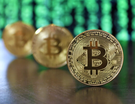 The Cryptocurrency Dilemmas in the Global Banking System