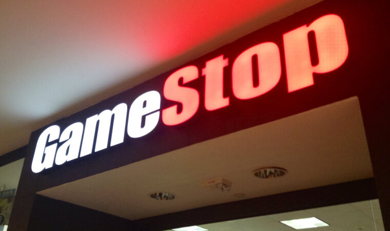 Armchair Investors' vs Hedge Funds' Case in the Controversial GameStop Stock Trading